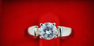 Dobierz pierścionek zaręczynowy do swojego znaku zodiaku